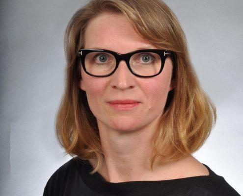 Anke Oelze